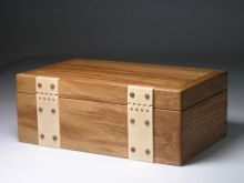 Brown oak jewellery box